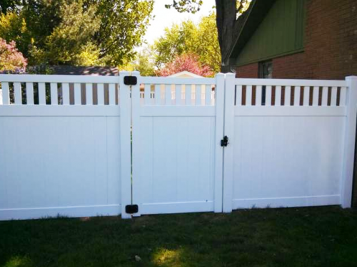 White-Vinyl-Privacy-Fence