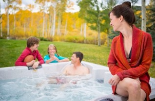 Jacuzzi Spas at Zagers - ZagersPoolSpa.com
