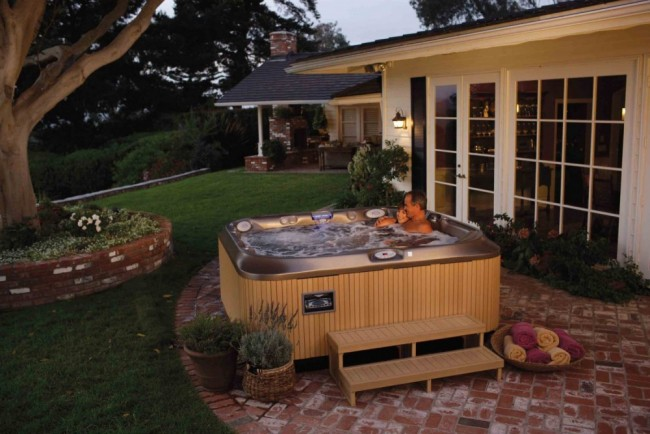 How To Make Your Hot Tub Energy Efficient Zagers Pool Amp Spa