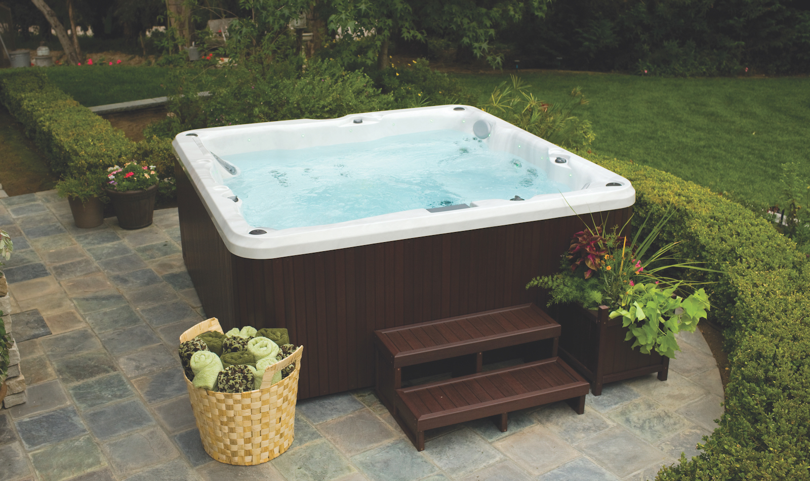 How To Drain And Clean Your Hot Tub Zagers Pool Amp Spa
